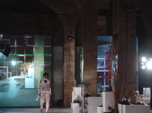Elementary Composition : Alava Fashion